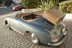 1957 Porsche speedster. Awesome!