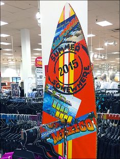 Blame Global Warming, but surfboards have started popping up more often even in inland located retail. Here Surfboards surf multiple… Summer Surf, Point Of Purchase, Surfboards, Global Warming, Close Up, Hooks, Surfing, Retail, Branding