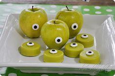 Monsters University Mike Wazowski apples + oreos