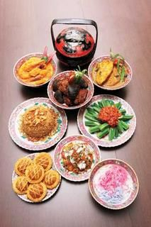 Melaka's Nonya Cuisine....  http://grabyourfork.blogspot.com/2011/06/amy-heritage-nyonya-cuisine-melaka.html