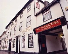 The Catherine Wheel - pub and hotel in Henley-on-Thames