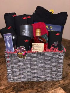 Polo Baskets includes 3 t shirts 3 pairs of underwear Socks or slippers Body was. Polo Baskets includes 3 t shirts 3 pairs of underwear Socks or slippers Body wash set Wash cloth To Valentines Day Baskets, Cute Valentines Day Gifts, Valentines Gifts For Boyfriend, Boyfriend Anniversary Gifts, Cute Gifts, Christmas Gifts For Guys, Valentines Presents For Him, Valentines Day Gifts For Him Marriage, Anniversary Gift Baskets