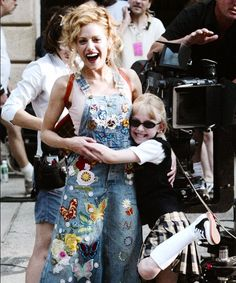 """ Brittany Murphy and Dakota Fanning on set from Uptown Girls Sanji One Piece, Brittany Murphy, Atlanta, Popular People, Dakota Fanning, Famous Girls, Fashion Tv, S Pic, Movies Showing"