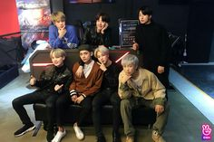 Image shared by Find images and videos about kpop, bts and jungkook on We Heart It - the app to get lost in what you love. Seokjin, Kim Namjoon, Kim Taehyung, Jung Hoseok, Vlive Bts, Bts Bangtan Boy, Jimin Jungkook, Foto Bts, K Pop