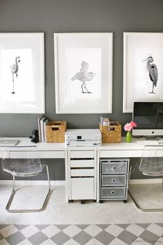 Bird art in home office/play area prints Simple Art, Easy Art, Ikea Home Office, Office Artwork, Pink Office, Desk Inspiration, Guest Room Office, Maine House, Dream Bedroom
