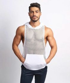 Bodybuilding Stringer Tank Top with hooded Mens Gyms Clothing Fitness – menstights Fashion Moda, Look Fashion, Mens Fashion, Urban Fashion, Mens Sleeveless Shirts, Stringer Tank Top, Gym Outfit Men, Hommes Sexy, Gym Men