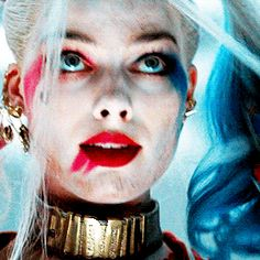 Trixielle Galloway, the crazy vampire and is friends with the Salvato… Joker Y Harley Quinn, Margot Robbie Harley Quinn, Harey Quinn, Daddys Lil Monster, Univers Dc, Joker Art, Gif Animé, Comic Movies, Gotham City