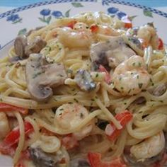 HELL YES. Peppered Shrimp Alfredo. One of my all time favorite meals ever! This is so full of flavor. Delicious. Delicious. Delicious. Will be one of the best dishes you will ever make.