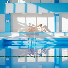 Best of - PhotoVogue Swiming Pool, Swimming, Sport Photography, Portrait Photography, Interior Design Vector, Amsterdam Photography, Narrative Photography, Photo Portrait, Experimental Photography