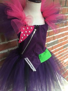 If ordering for Halloween, all costumes ordered 20 October and after will Require a rush fee My field of expertise is dresses. So when I was
