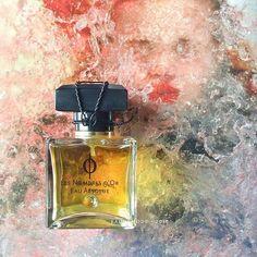 Запах медовых сот, сухие стебли степных трав, нагревшиеся камни, туманы и осеннее прозрачное тепло.   #eaudemode#perfume#niche#nicheperfume#perfumeblog#perfumeblogger#parfum#parfüm#בושם#духи#парфем#άρωμα#profumo#duft#sotd#moscow#kyiv#ukraine#москва#киев#парфюмерия#духи#fragrance#нишеваяпарфюмерия#perfumereview#instaperfume#vscoperfume#monadiorio#monadiorioparfums