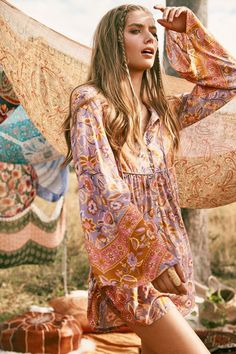 Hippie Style Lolita ~ Festival featuring Annalise McLachlan by Ming Nomchong Looks Hippie, Style Hippie Chic, Bohemian Style Clothing, Gypsy Style, Bohemian Fashion, Boho Style, Hippie Clothing, 70s Style, Trendy Style