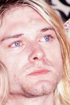 Angelic face of KURT COBAIN