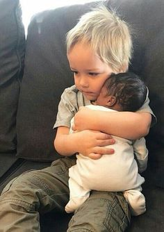 Precious Children, Beautiful Children, Beautiful Babies, Baby Pictures, Baby Photos, Cute Pictures, Newborn Photos, Little People, Little Ones