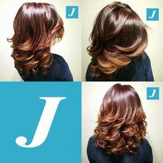 Degradé Joelle Sunset - le sfumature del tramonto tra i capelli - e la linea originale del Taglio Punte Aria. Ogni donna merita di esaudire un suo desiderio. #cdj #degradejoelle #tagliopuntearia #degrade #igers #musthave #hair #hairstyle #haircolour #longhair #oodt #hairfashion #madeinitaly