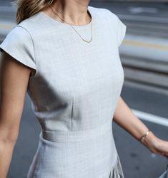 what-to-wear-to-an-interview-business-formal-suit-best-starter-work-wardrobe-essentials-jcrew-9am-super-120s-wool-dress-skirt-pants-jacket-grey-san-francisco-sf-fashion-blog-memorandum-mary-orton8