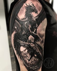 Since I been off this week on vacation, figure I'd share this #dragon #dragoneye half sleeve I did ...