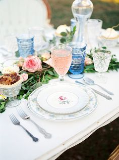 Southern Pastel Wedding Inspiration from Allyson Whitney Designs Southern Wedding Inspiration, Creative Wedding Inspiration, Wedding Reception Decorations, Wedding Table, Wedding Ideas, Glamour Decor, Glamorous Wedding, Dream Wedding, Blush And Gold
