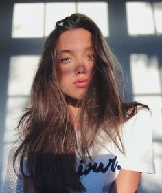 See more of hannahmeloche's content on VSCO. Selfies, Leila, Instagram Pose, Cute Poses, Insta Photo Ideas, Poses For Pictures, Insta Models, Pretty Face, Cute Hairstyles