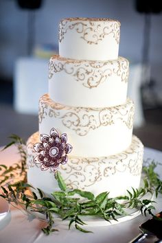 These drop-dead gorgeous wedding cakes are from the super talented Amy Beck Cake Design, Chicago. Take a look and pin your favorite ones! Gorgeous Cakes, Pretty Cakes, Amazing Cakes, Dead Gorgeous, Wedding Cake Designs, Wedding Cakes, Henna Cake, Beautiful Cake Pictures, Patterned Cake