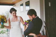 First look with the couple's daughter - so sweet | Eclectic Images
