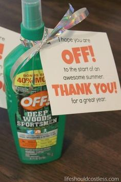 End of year teacher gift idea. Off insect repellent/bug spray. End of year teacher gift idea. Off insect repellent/bug spray. Little Presents, Summer Gifts, Summer Fun, Client Gifts, Teacher Appreciation Week, Teacher Humor, Homemade Gifts, Diy Gifts, Insect Repellent