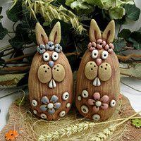 m.fler.cz zbozi?uid=91201 Fairy Houses, Vases Decor, Clay Crafts, Wedding Decorations, Creatures, Animal, Christmas Ornaments, Holiday Decor, Recycling