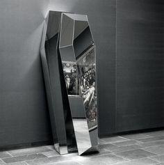 mirror coffin