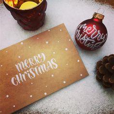 "@kallettergrafie on Instagram: ""Und heiter weiter geht's mit den Christmas Posts - - - - - #lettering #handlettering #brushlettering #letterliebe #letterlove…"" Christmas Bulbs, Merry Christmas, Holiday Decor, Instagram, Serenity, Merry Little Christmas, Christmas Light Bulbs, Wish You Merry Christmas"