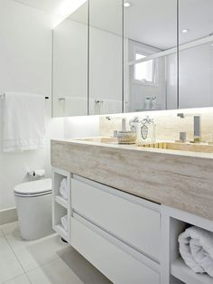 Kids Bathroom - vanity and cabinet idea Family Bathroom, Laundry In Bathroom, Master Bathroom, Bathroom Mirrors, Wall Mirrors, Dream Bathrooms, Beautiful Bathrooms, Modern Bathroom, Small Bathrooms
