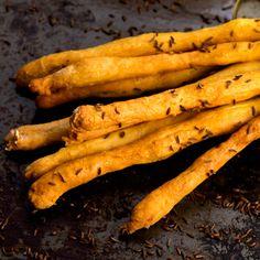 Így készül a ropogós grissini - Recept Carrots, Banana, Bread, Snacks, Homemade, Fruit, Vegetables, Food, Parfait