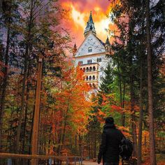 Neuschwanstein Castle in Germany Modern Art Prints, Wall Art Prints, Cool Pictures, Cool Photos, Amazing Photos, Destinations, Germany Castles, Neuschwanstein Castle, Autumn Scenery