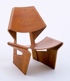 15 Women Artists Who Have Left Their Mark On Modern Design Grete Jalk (Danish, Lounge Chair. Teak plywood, 29 x 24 x 27 x x cm). The Museum of Modern Art, New York. Gift of Jo Carole and Ronald S. Table Design, Wood Design, Chair Design, Modern Design, Modern Art, Danish Modern, Lounge Design, Contemporary Design, Design Furniture