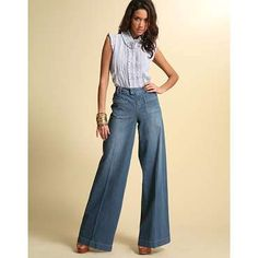 Types of flare jeans wooing women to pick and add to their wardrobes