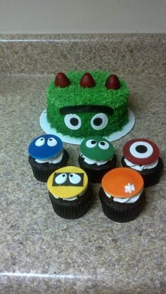 Yo Gabba Gabba Birthday Cake & cupcakes for my son's birthday