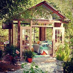 26 Dreamy Outdoor Bedroom Oasis Designs | DigsDigs