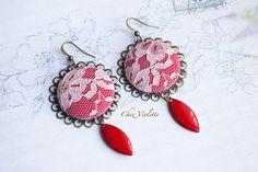 Boucles d'oreilles rouge dentelle chezviolette.etsy.com  follow me : www.pinterest.com/cocoflower