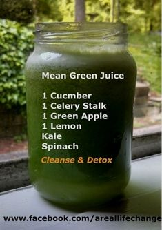 Are you looking for the top 7 detox smoothies recipes for weight loss? These top 7 detox smoothies recipes will help you reduce belly fat really fast. Green Juice Recipes, Healthy Juice Recipes, Green Smoothie Recipes, Healthy Detox, Healthy Juices, Detox Recipes, Healthy Drinks, Juicer Recipes, Mean Green Smoothie