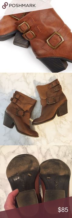 """Lucky Brand Tommie booties Like new condition.  Only worn twice.  Buttery soft leather.  2"""" heel.  Fits TTS. Pull on style.  No trades. Reasonable offers welcome 🍾Note: 20% off bundles of 2+ items in my closet! Lucky Brand Shoes Ankle Boots & Booties"""