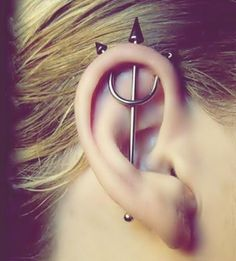 11 Ear Piercing Names : Orbital , Auricle , Daith , Conch - Пірсинг - Orbital Piercing, Piercing Tattoo, Ear Piercing Names, Piercing Girl, Faux Piercing, Piercing Plug, Unique Ear Piercings, Helix Piercings, Types Of Piercings