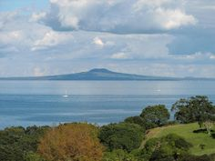 The views from Shakespear Regional Park at the end of Whangaparaoa Peninsula are spectacular. Here looking south towards the volcanic cone of Rangitoto Island