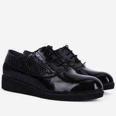 Pantofi Oxford din piele naturala negri Danza All Black Sneakers, Shoes, Fashion, Moda, All Black Running Shoes, Zapatos, Shoes Outlet, Fashion Styles, Fasion