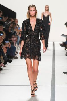Elie Saab Ready-To-Wear Spring-Summer 2014 Collection