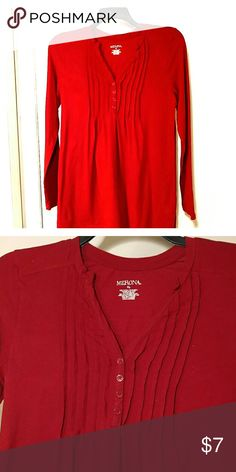 Tomato Red Tunic with pleats Tomato Red Tunic with pleats. Very forgiving, fabric with spandex. Merona Tops Tunics