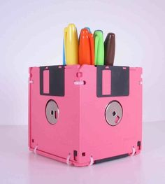 Use floppy disks as your pencil holders!