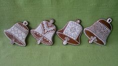 Vánoce 2013 – Jana Římanová – album na Rajčeti Xmas Ornaments, Crochet Earrings, Holiday Decor, Christmas Gingerbread, Christmas Ornaments, Christmas Ornament