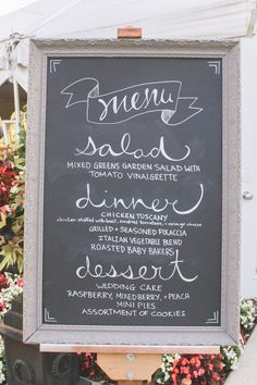 TABLE menu: I am still in love with this menu display idea, i love the font of it, i like the way the wrote menu, i would love a replica of this, haha :) we might need to get a printed copy of the menu in spanish just for my family though then this could be in german