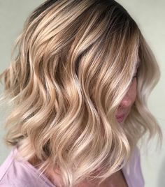 "732 Likes, 23 Comments - Amy (@camouflageandbalayage) on Instagram: ""Absolutely loving the dimension on this gorgeous lobbed Balayage Full Paint Oligo Clay 30 vol…"""