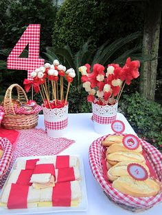 We could do a 70 cut out 😉 I'm sure I could fin that checkered fabric at Joann's Picnic Birthday, 4th Birthday Parties, Farm Party, Bbq Party, Picnic Themed Parties, Red Riding Hood Party, Picnic Decorations, Happy Birthday Girls, Festa Party