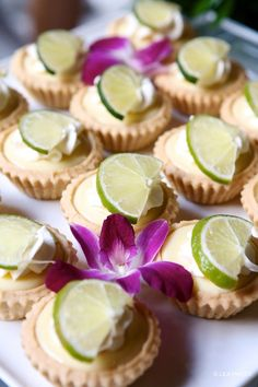 How cute are these keylime pie tartlets?